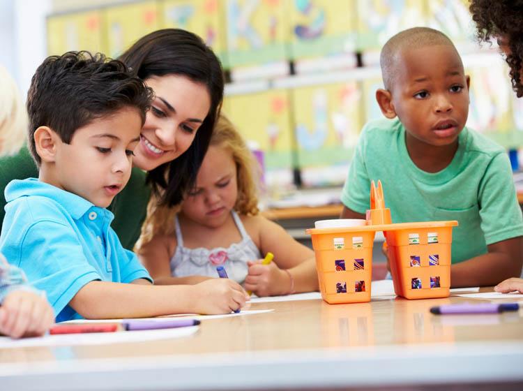 Kiat Mudah Cari Asuransi Pendidikan untuk Anak yang Paling Tepat